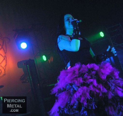 evanescence, evanescence concert photos, amy lee, amy lee concert photos