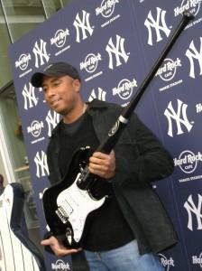 Former Yankee Bernie Williams