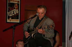 Lou Porra from the Les Paul Trio
