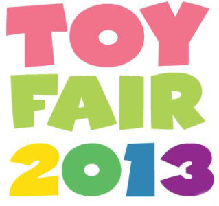 PiercingMetal Goes To Toy Fair 2013: DC Direct