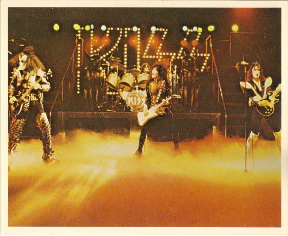 Photo - KISS Army  - Group 1