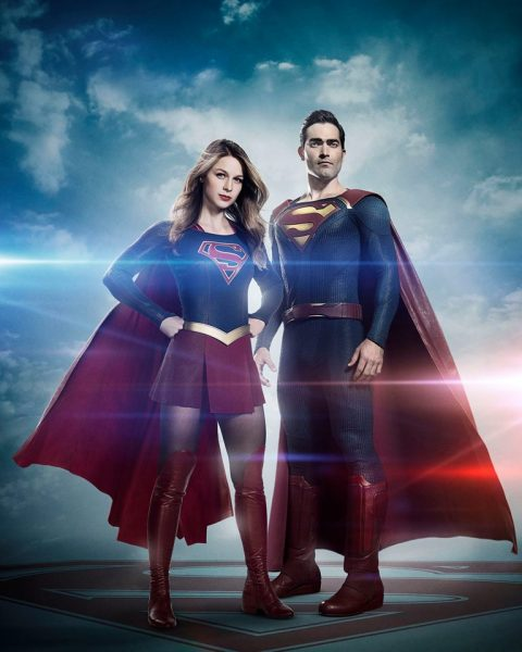 Photo - Supergirl w Superman on CW - 2016